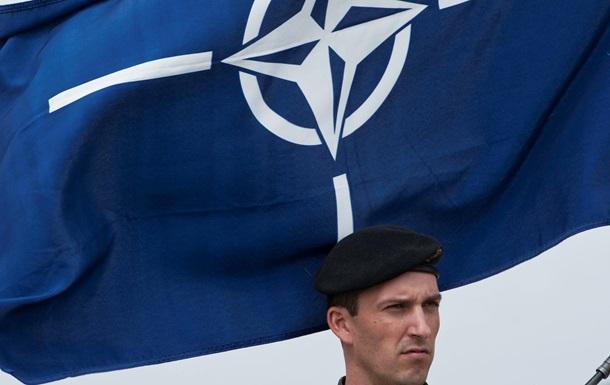 Почти половина финнов против вступления в НАТО