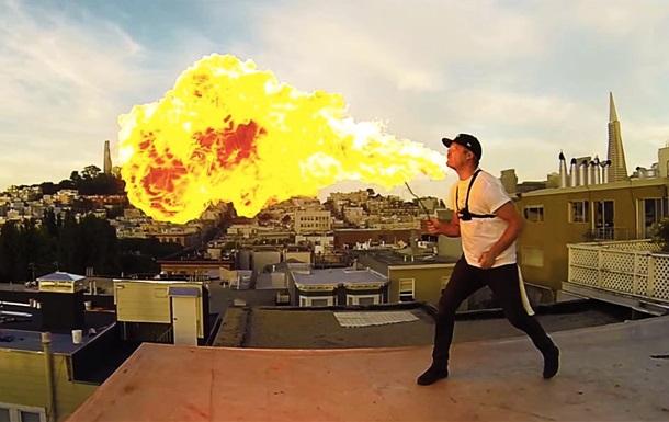 Час кулі: фотограф показав, як би виглядав вогонь в  Матриці