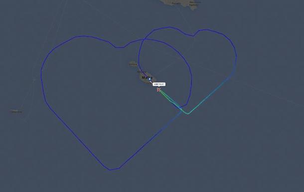 Пилот одной из европейских авиакомпаний  изобразил  на небе два сердца