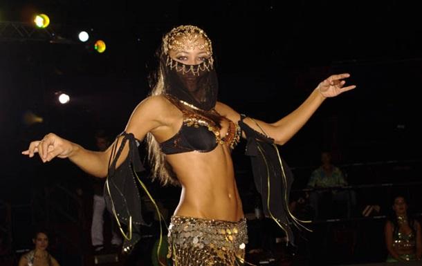 В Египте исполнительницу танца живота отправили в тюрьму