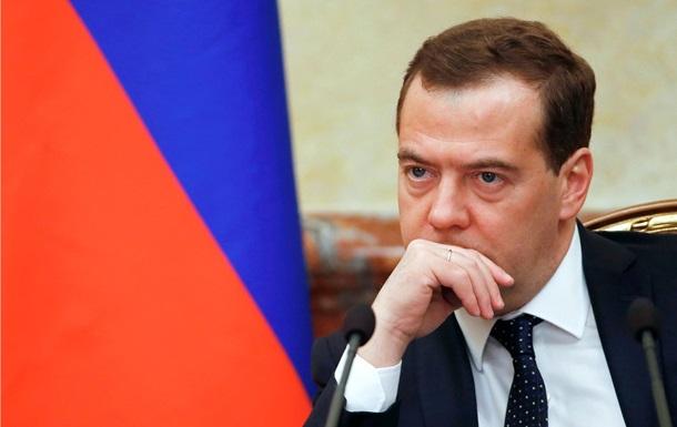 Медведєв порівняв приєднання Криму з падінням Берлінської стіни