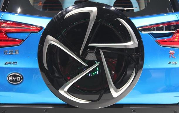 Кабриолет для Лукашенко и пятидверное купе. Новинки автосалона в Шанхае