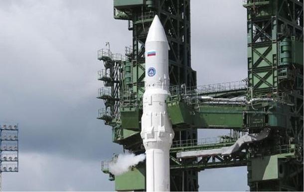 Росія відмовляється від створення надважкої ракети