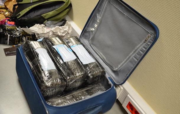 Українець привіз до Москви 15 кілограмів кокаїну