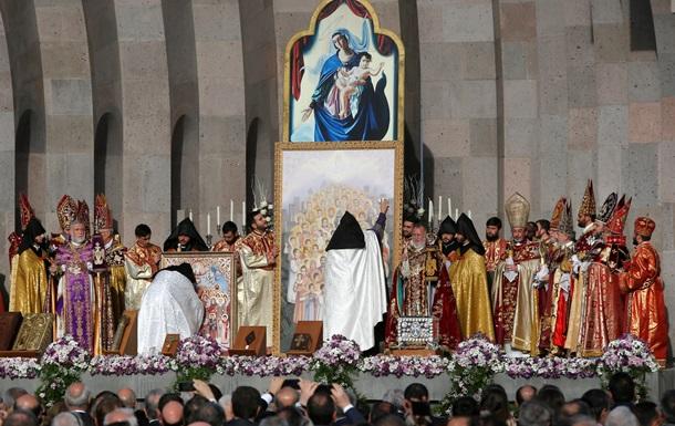 В Армении причислили к лику святых 1,5 млн жертв геноцида