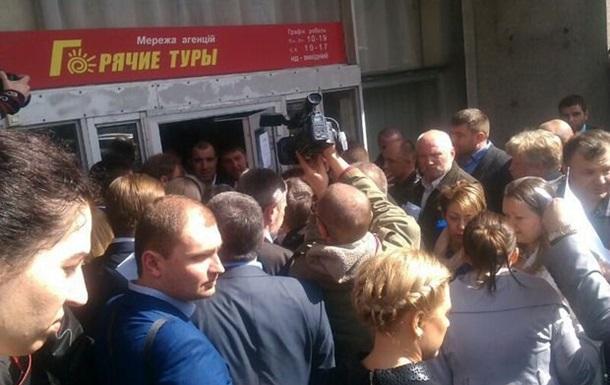Скандал на съезде адвокатов: не пускают киевскую делегацию