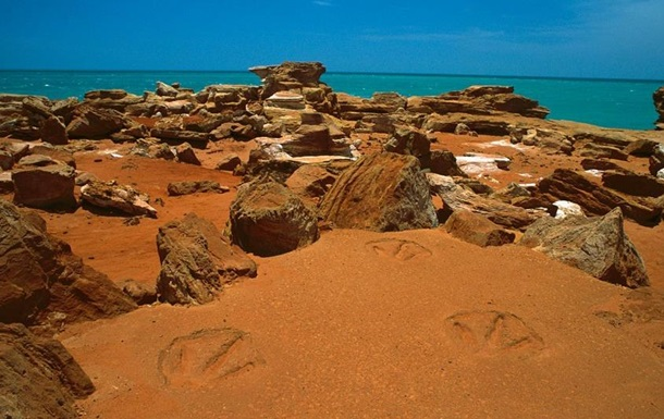 Палеонтологи отыскали следы динозавров при помощи дрона
