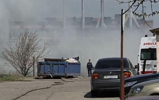 В Киеве потушили пожар в речном порту