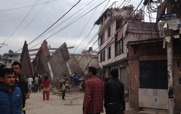Землетрясения в Непале: Число жертв превысило 1800 человек
