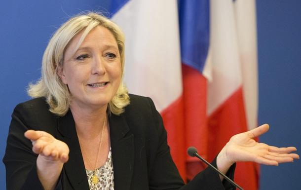 Марін Ле Пен звинуватила ЄС у приєднання Криму до Росії