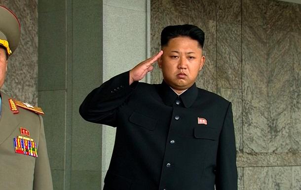 Кім Чен Ин та Олланд відмовилися їхати в Москву на День Перемоги