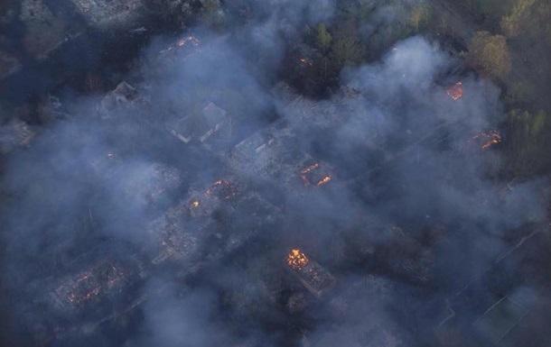 Рятувальники запевнили, що контролюють осередки тління в Чорнобилі
