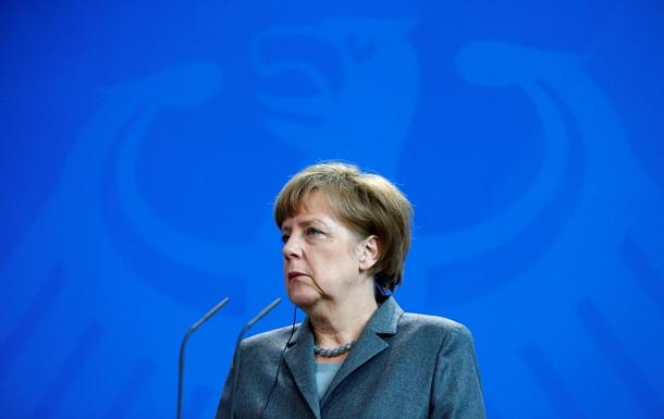 Меркель пояснила свою поїздку до Москви 10 травня