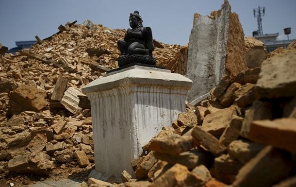 Евакуюватися з Непалу захотіли вже 100 українців