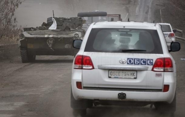 Заявление миссии: Наблюдатели ОБСЕ попали под обстрелы на Донбассе