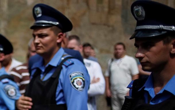 Убийцы киевских милиционеров планировали теракт на 9 мая