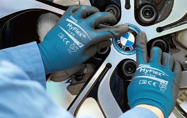 BMW отложила строительство завода в России
