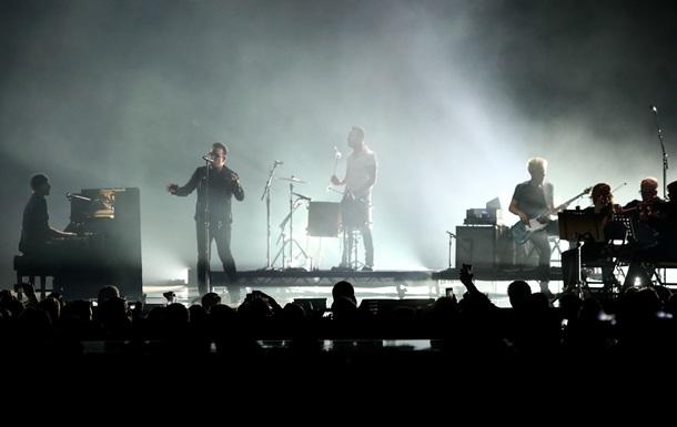 Группа U2 начала мировой концертный тур в Ванкувере