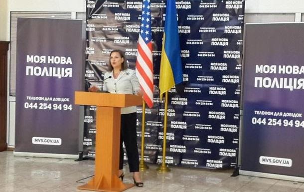 Нуланд: Путін запевнив, що хоче виконання Мінських домовленостей
