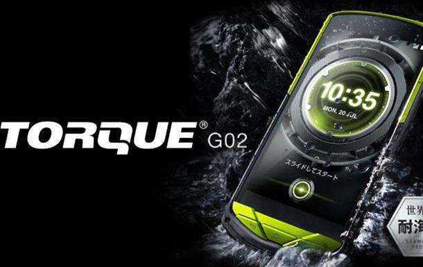 Kyocera представила ультраміцний екстрим-смартфон