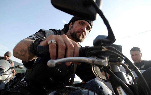 СБУ заявила про викриття афери за участю російського байкера  Хірурга