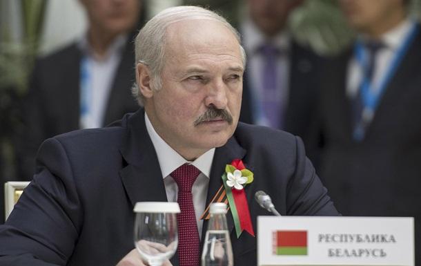 Лукашенко требует  не дубасить  Россию на саммите в Риге