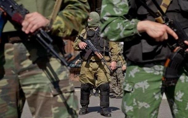 У ДНР  узаконили  носіння вогнепальної зброї