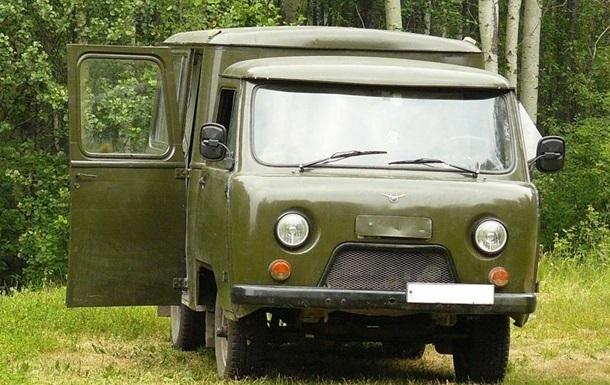 На Луганщине расстреляли медицинский автомобиль, погиб военный