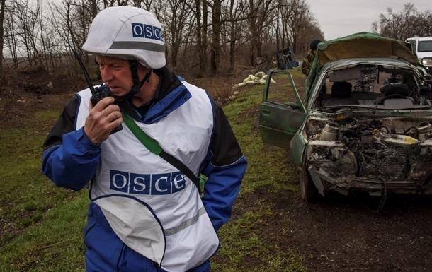 На Донбасі з місць зберігання зникли гаубиці і  Гради  – ОБСЄ