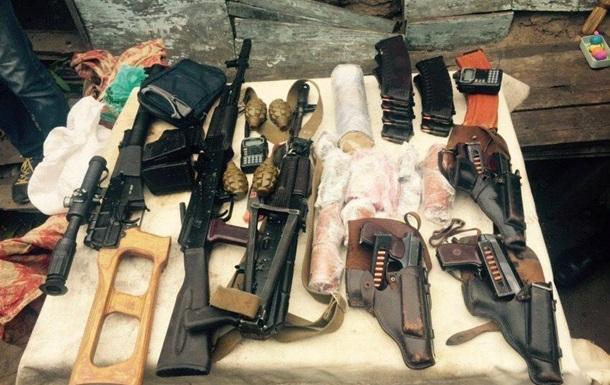 В Харькове задержали диверсантов с автоматами и взрывчаткой