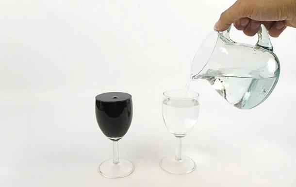 Превращение  воды в вино стало хитом YouTube