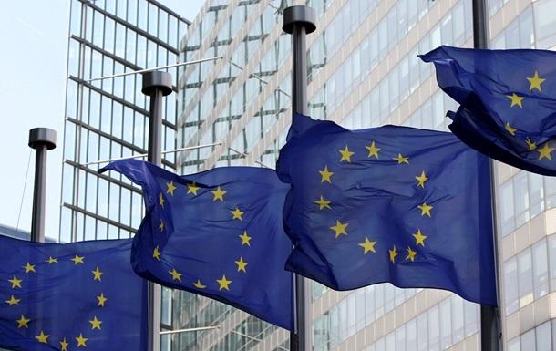 Европарламент приостанавливает сотрудничество с Россией