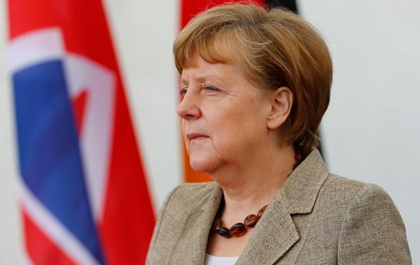 Меркель обвинила Россию, Эболу и экстремистов в нарушении мирового порядка