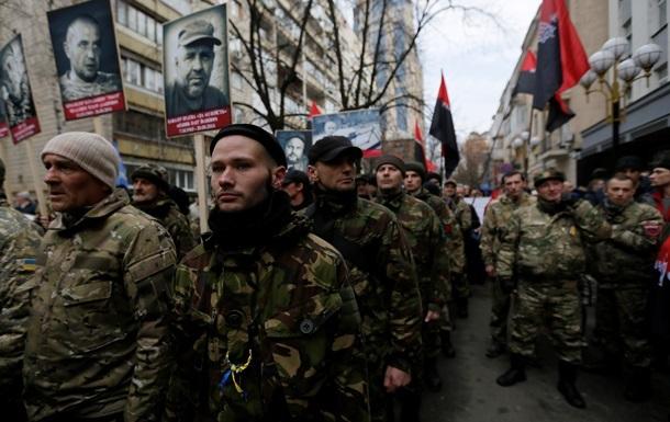 Правый сектор  во Львове провел антипрезидентский митинг