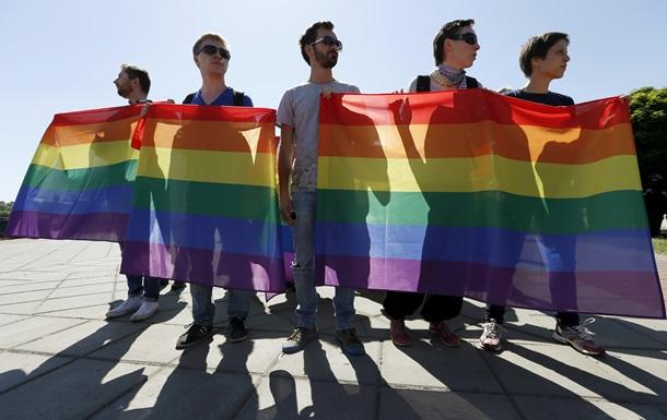 Итоги 6 июня: Гей-парад в Киеве и шествие Правого сектора во Львове