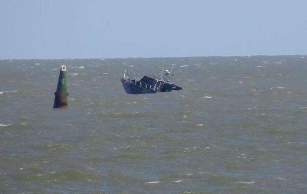 Возле Мариуполя взорвался катер береговой охраны Госпогранслужбы