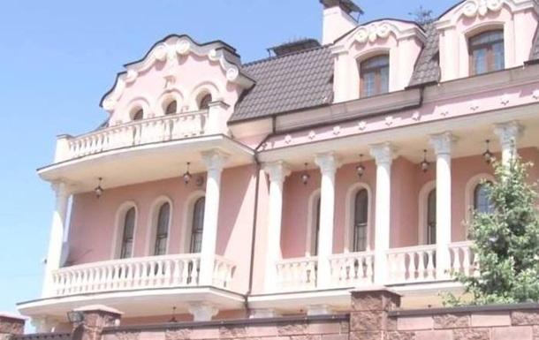 Украинские судьи прячут свои замки в Жулянах, на улицах, которых нет на карте