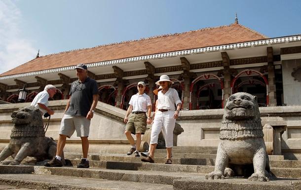 Навстречу миру. После диктатур и войн Азия открывается для туризма