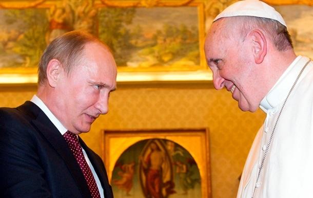 Папа Римский подарил Путину медаль с ангелом-миротворцем