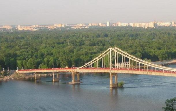 В Киеве новый пожар – на Трухановом острове