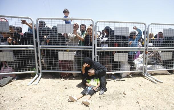 Венгрия угрожает закрыть границу с Сербией