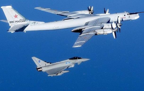 Російський літак низько пролетів над кораблями НАТО в Балтії - CNN