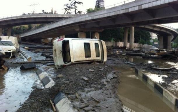 Наводнение в Тбилиси: число жертв растет