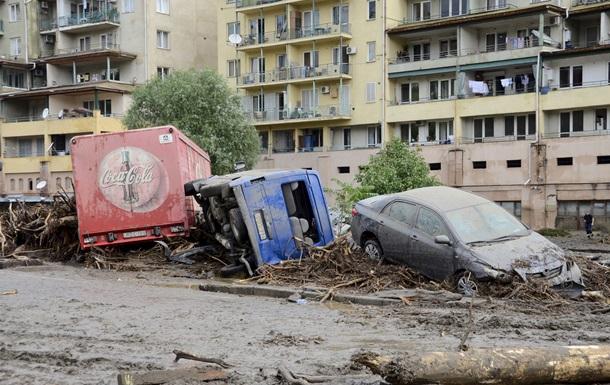 Наводнение в Тбилиси: 12 жертв, понедельник объявлен днем траура