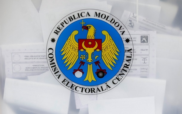 Выборы в Молдове: 12 тысяч человек в борьбе за власть