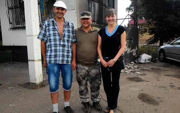 Из плена сепаратистов освободили двух волонтеров - Минобороны