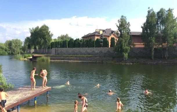 Под Киевом охранник коттеджа обстрелял детей на берегу водоема