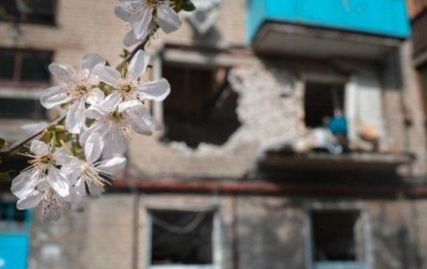 Обстрел Донецка: погибла женщина, разрушены более десятка домов