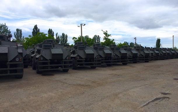 В Украину прибыли 55 бронемашин  Saxon  для АТО
