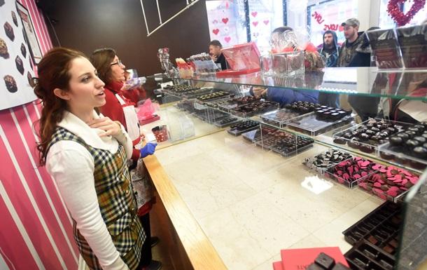 Россия хочет запретить ввоз цветов и шоколада из ЕС